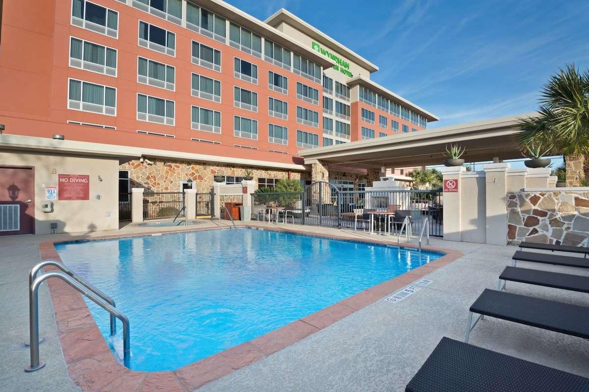 Wyndham Garden Hotel Near Six Flags San Antonio Tx