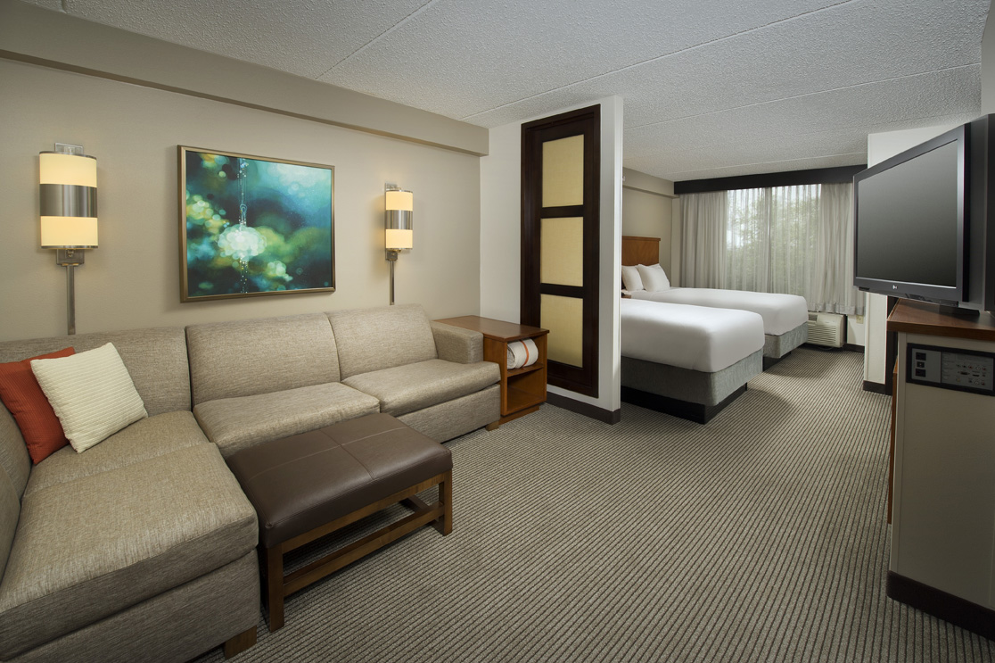 Fantastic Six Flags Hyatt Place Six Flags 2 Double Beds With Sofa Bed Ibusinesslaw Wood Chair Design Ideas Ibusinesslaworg